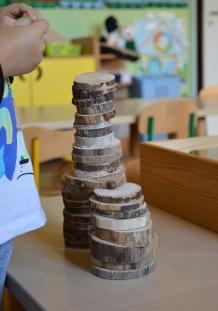 drewniana-wieza